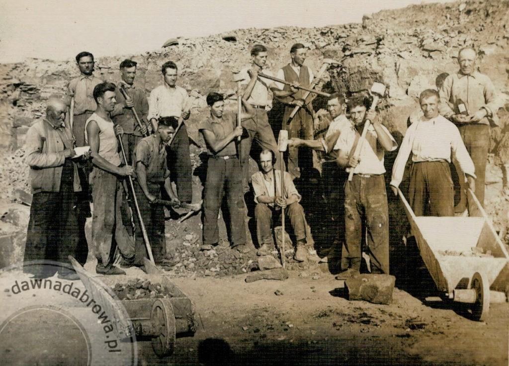 Rys.1 Pracownicy kamieniołomu